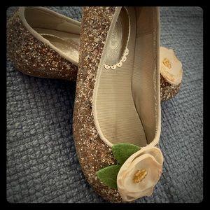 Joyfolie gold sparkle ballet flat with flower